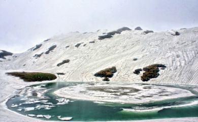 Pic9 - Bhrighu Lake - Pic Credits Thrillophilia